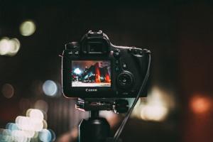 camera-at-night