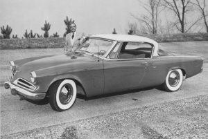 1953-Commanderloewy-958x644
